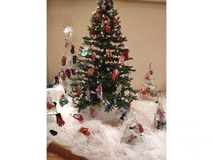 """Kalėdinė bendruomenės parodėlė """"Pirštinė"""""""